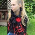 juoda-raudona