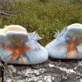 didelio-zmogaus-mazi-batai