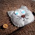 Merino vilnos kepurytė su katino aplikacija