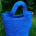 Nerta mėlyna ryški rankinė