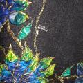 Velta juoda suknelė, magnolijos tapytos.