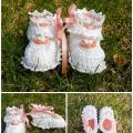 nikolia - Balti mažosios princesės bateliai su rausvomis detalėmis