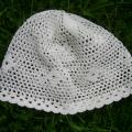 robe-a - Balta vasarinė kepuraitė