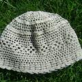 robe-a - Kepurė vasarai nerta iš lino