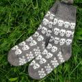 """veltiniautoja - GP-683 Vilnonės kojinės ,,Žaismingos kaukolės"""""""